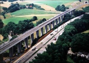 Schnellfahrstrecke Köln-Rhein/Main und A3
