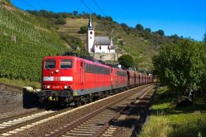 Güterzug bei Hatzenport