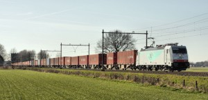 Containerzug in Benelux