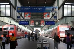 Züge im Sackbahnhof