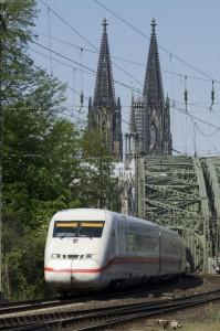 ICE 2 in Köln