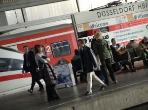 Fahrgäste in Düsseldorf