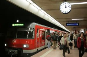 S-Bahn Stuttgart: Wenigstens der Tunnelbahnhof funktioniert