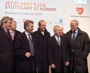 Oettinger, Schuster, Grube und Ramsauer beim Baubeginn