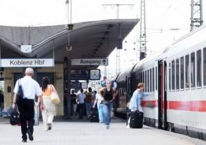 Fahrgäste in Koblenz