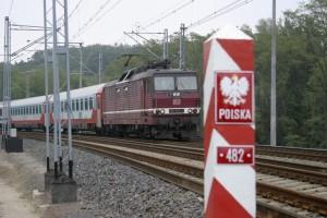 Personenzug zwischen Deutschland und Polen
