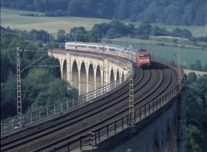 Der InterCity auf der Mitte-Deutschland-Verbindung wird seltener