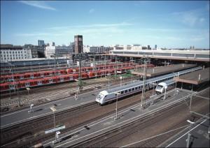 Fern- und Regionalzüge im Düsseldorfer Hauptbahnhof