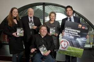 Bundesliga-Reiseführer für Menschen mit Handicap erschienen
