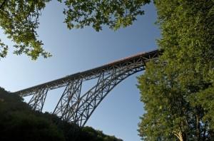 Fahren auf der Müngstener Brücke bald wieder Züge?